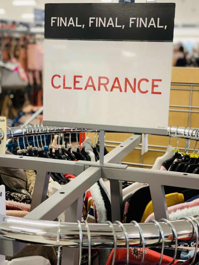marshalls yellow tag final clearance sign